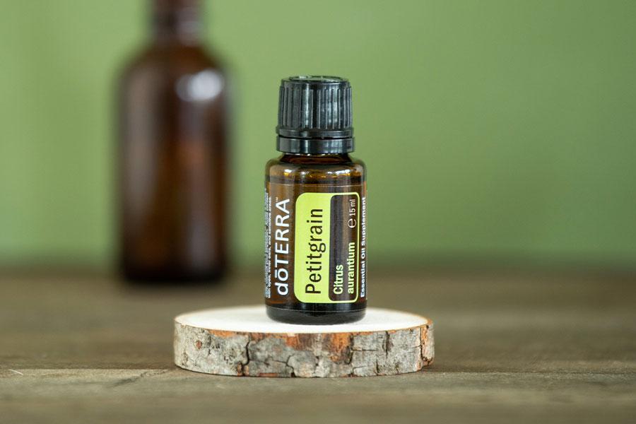 Petitgrain - das ätherische Öl der Bitterorange